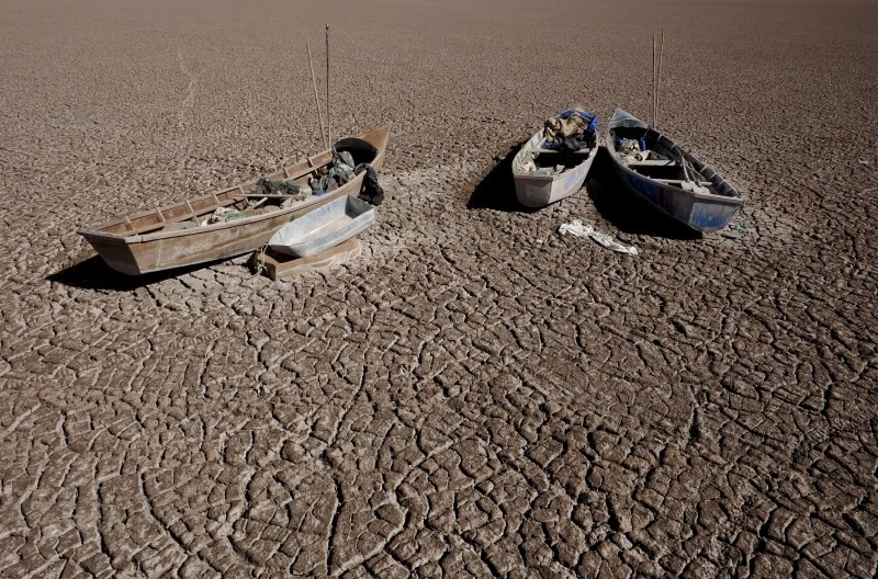 Bolivia's Lake Poopo,Lake Poopo dries up,Lake Poopo,Titicaca,second largest lake