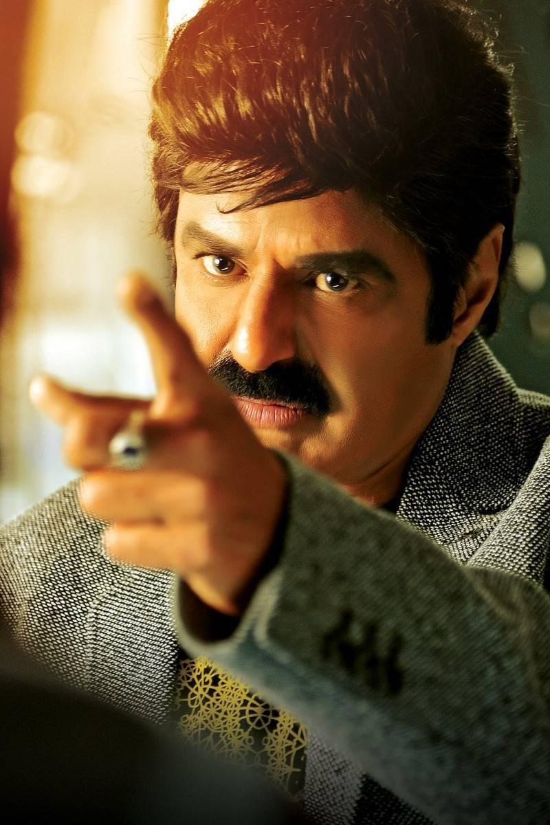 Dictator,Dictator movie stills,Nandamuri Balakrishna,Anjali,Sonal Chauhan,Balakrishna,Dictator movie pics,Dictator movie images,Dictator movie photos