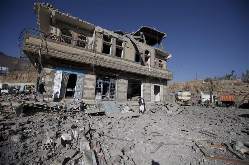 Saudi-led bombing in Yemen,Saudi-led bombing,effects of Saudi-led bombing in Yemen,Saudi-led coalition airstrike,Saudi-led airstrike,Bombing in Yemeni,Yemeni Bombing,Yemen Bombing
