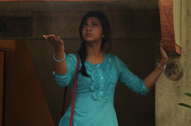 Kadhalum Kadandhu Pogum,tamil movie Kadhalum Kadandhu Pogum,Vijay Sethupathi,Madonna Sebastian,Kadhalum Kadandhu Pogum movie stills,Kadhalum Kadandhu Pogum movie pics,Kadhalum Kadandhu Pogum movie images,Kadhalum Kadandhu Pogum movie photos,Kadhalum Kadan