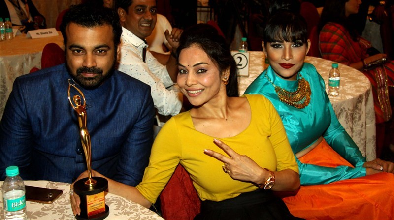 Glitz and Glomour at Golden Achiever Awards,Golden Achiever Awards,Golden Achiever Awards pics,Golden Achiever Awards images,Golden Achiever Awards stills,Golden Achiever Awards pictures