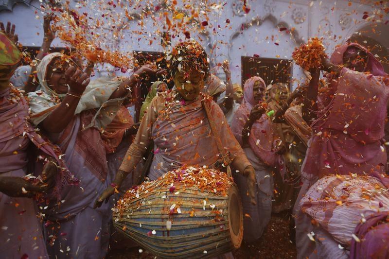 Holi 2016,Holi,holi 2016 celebrations,holi 2016 wishes,holi 2016 march 23,holi 2016 special,Holi Celebration,Holi Celebration pics,Holi Celebration images,Holi Celebration stills,Holi Celebration pictures