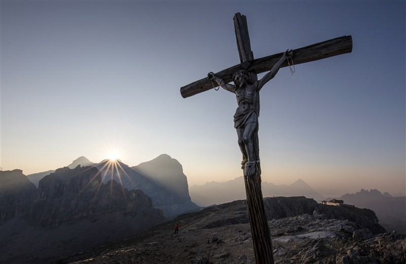 Good Friday 2016,Good Friday,Christian day,Good Friday quotes,Good Friday wishes,Good Friday pictures,Good Friday message,Good Friday prayers,Good Friday celebrations,good friday quotes,good friday sayings,release good friday