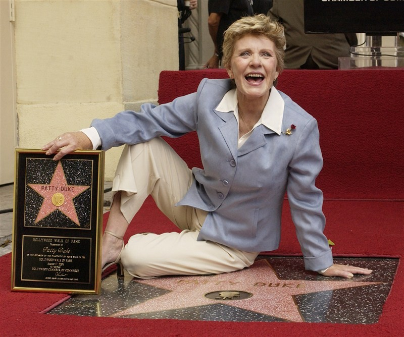 Patty Duke dies,Patty Duke,child star Patty Duke,Oscar-winner Patty Duke dies,Patty Duke dead,Patty Duke passes away