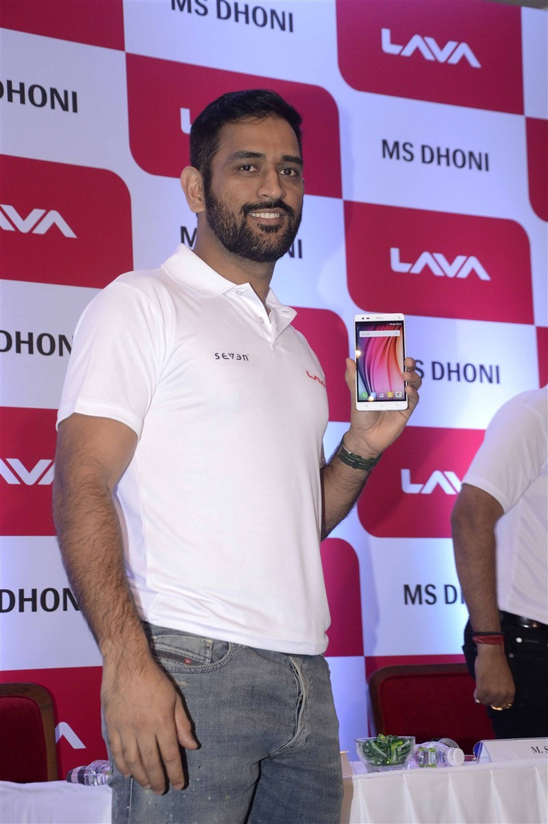 MS Dhoni,Dhoni,Lava introduces MS Dhoni as its brand ambassador,MS Dhoni Named as Lava's Brand Ambassador,Dhoni as Lava's Brand Ambassador,Lava,Lava Brand Ambassador,Lava Mobile,MS Dhoni becomes Brand Ambassador for Lava