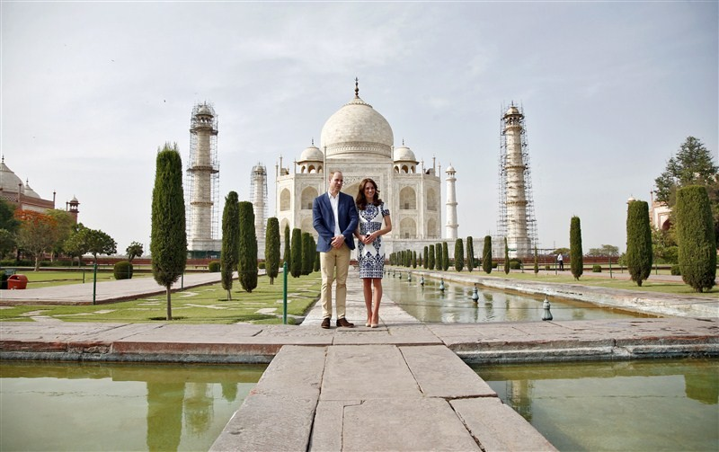 Royal Couple,William and Kate visits Taj Mahal,William and Kate,Prince William and Kate,Prince William and Kate Middleton,Prince William,Kate Middleton