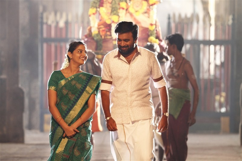 Sasikumar,Miya George,Sasikumar and Miya George,Vetrivel,Vetrivel movie stills,Vetrivel movie pics,Vetrivel movie images,Vetrivel movie photos,Lyca,lyca productions