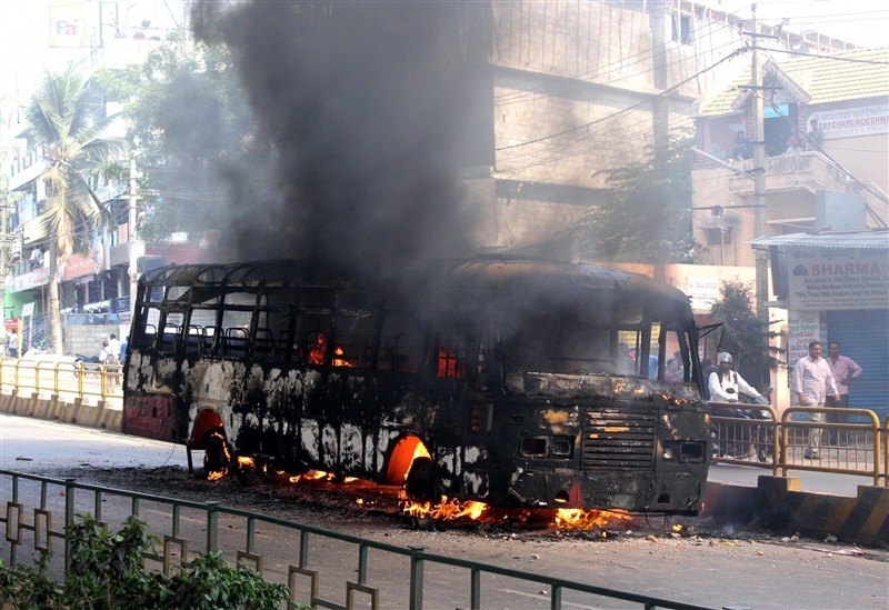 Bengaluru,Bengaluru violent,PF withdrawal,provident fund,garment workers,Bengaluru Riot Over New Provident Fund Rules
