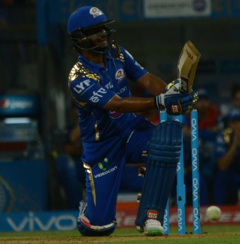 Mumbai Indians thrash Bangalore,Mumbai Indians,Rohit Sharma,Royal Challengers Bangalore,Indian Premier League,Indian Premier League 2016,Indian Premier League 9,IPL,IPL 2016,IPL 9