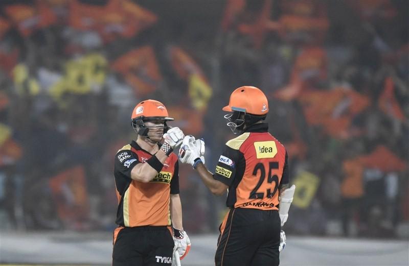 Sunrisers Hyderabad beat Kings XI Punjab,Sunrisers Hyderabad beat Kings XI Punjab by 5 wickets,Sunrisers Hyderabad,Kings XI Punjab,IPL 2016,IPL 2016 pics,IPL 2016 images,IPL 2016 stills,IPL 2016 pictures