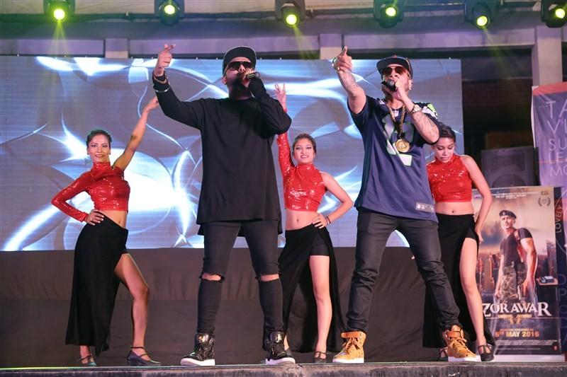 Yo Yo Honey Singh,Yo Yo Honey Singh promotes Zorawar movie,Zorawar movie,bollywood movie Zorawar,singer Jazzy B,Jazzy B