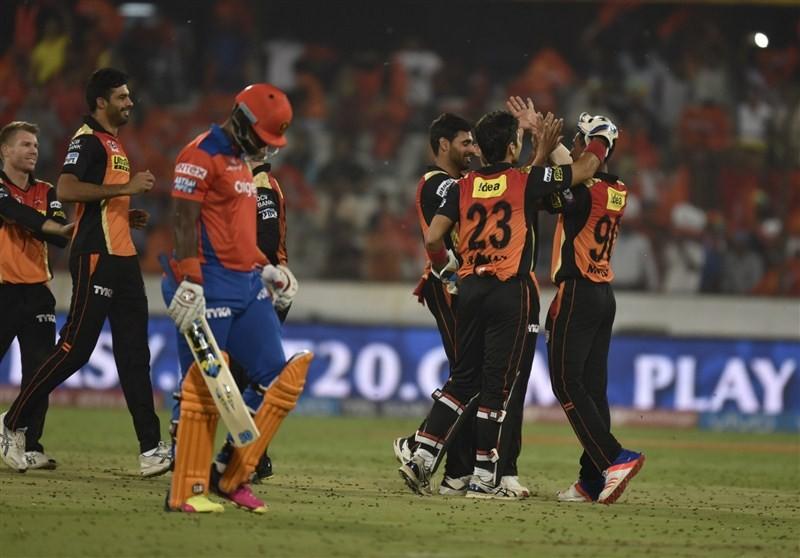 Sunrisers Hyderabad trash Gujarat Lions,Sunrisers Hyderabad beat Gujarat Lions,Sunrisers Hyderabad vs Gujarat Lions,Sunrisers Hyderabad,Gujarat Lions,IPL 2016,IPL pics,IPL images,IPL photos,IPL stills,IPL pictures