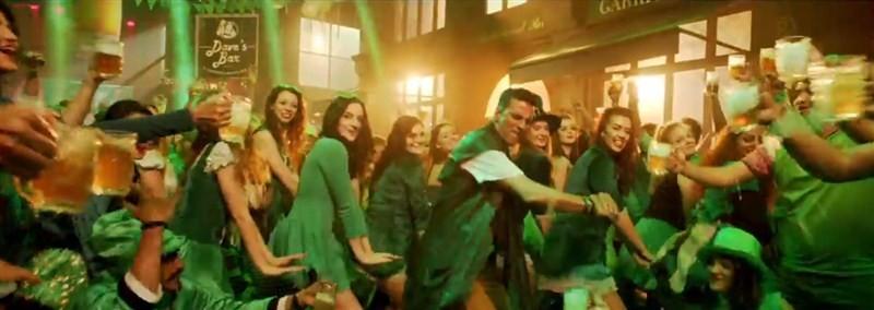 Akshay Kumar,Akshay Kumar in Housefull 3,Housefull 3,Akshay Kumar's return in party avatar,Airlift,baby,actor Akshay Kumar,Akshay Kumar pics,Akshay Kumar images,Akshay Kumar photos,Akshay Kumar stills,Akshay Kumar pictures