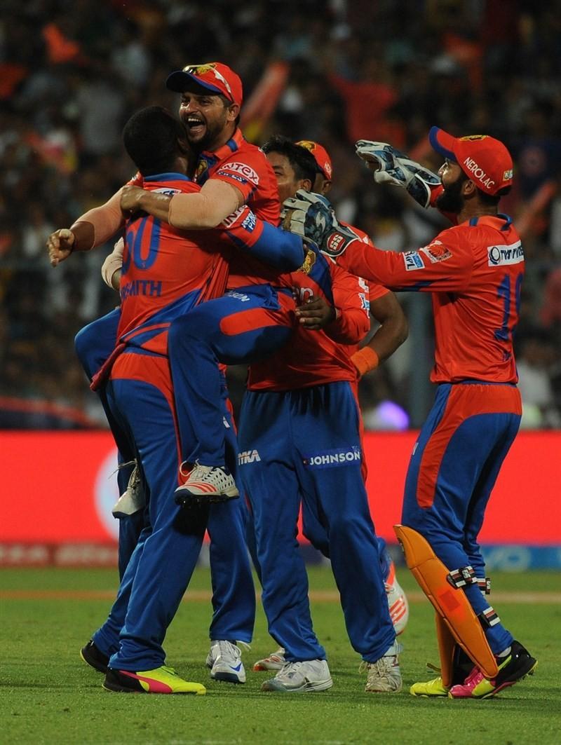 Gujarat Lions trash Kolkata Knight Riders,Gujarat Lions beat Kolkata Knight Riders,Gujarat Lions,Kolkata Knight Riders,Indian Premier League 2016,Indian Premier League 9,IPL 2016,IPL 9,IPL pics,IPL images,IPL photos