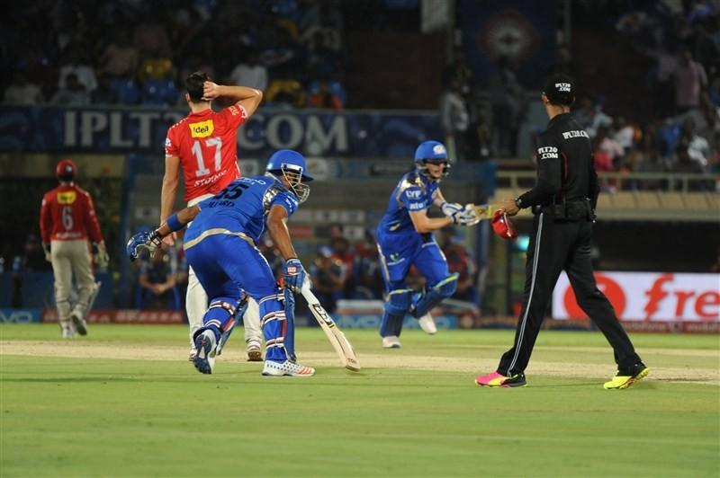 Punjab stun Mumbai by seven wickets,Punjab stun Mumbai,Kings XI Punjab,Mumbai Indians,Wriddhiman Saha,Murali Vijay,Indian Premier League,Indian Premier League 2016,Indian Premier League 9,IPL pics,IPL images,IPL photos,IPL stills,IPL pictures
