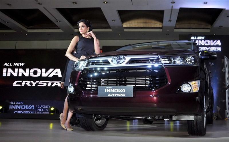 Toyota launches Innova Crysta pan India,Innova Crysta pan India,Innova Crysta,Toyota Kirloskar,Toyota Kirloskar Motor,Innova Crysta pics,Innova Crysta images,Innova Crysta photos,Innova Crysta stills,Innova Crysta pictures