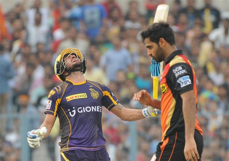 KKR beat Sunrisers,Sunil Narine,Kolkata Knight Riders,Sunrisers Hyderabad,IPL playoffs,playoffs 2016,Indian Premier League,Indian Premier League 2016,Indian Premier League 9,IPL 2016,IPL pics,IPL images,IPL photos,IPL stills,IPL pictures