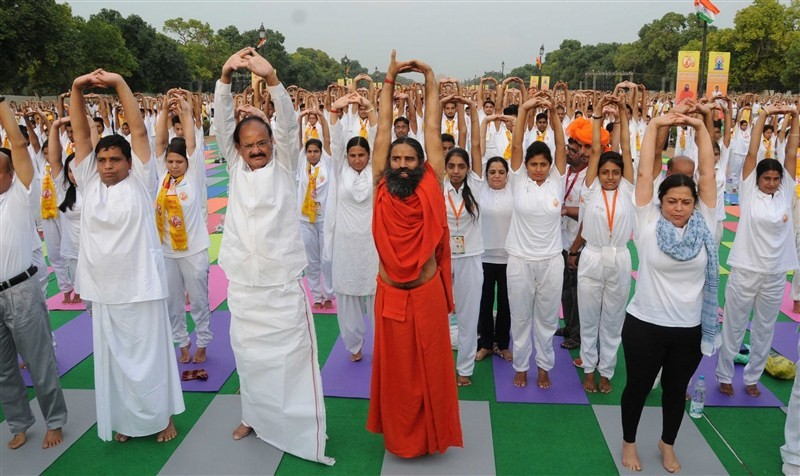 For International Yoga Day,for International Yoga Day 2016,Baba Ramdev,Venkaiah Naidu,Baba Ramdev at International Yoga Day,Baba Ramdev Yoga Day,Yoga rehearsal,Yoga rehearsal pics,Yoga rehearsal images,Yoga rehearsal photos,Yoga rehearsal stills,Yoga rehe