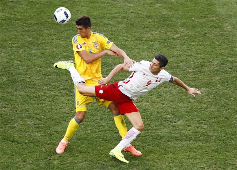 Poland beats Ukraine,Poland,Ukraine,Poland beat Ukraine to advance for first time,Poland beat Ukraine enter Euro pre-quarters,Poland enter Euro pre-quarters,Euro pre-quarters,Euro 2016