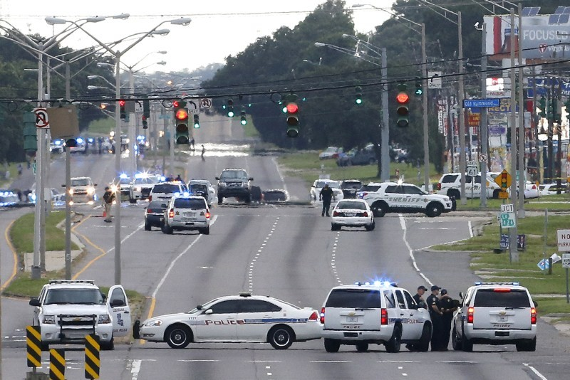 Police shot dead in Baton Rouge,Baton Rouge,Multiple police officers,community relations,Louisiana