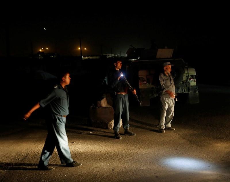 Massive truck bombing hits Kabul,Kabul,Kabul balst,Kabul terror attack,explosion in Kabul,Taliban,truck bombing hits Kabul,Kabul truck bombing