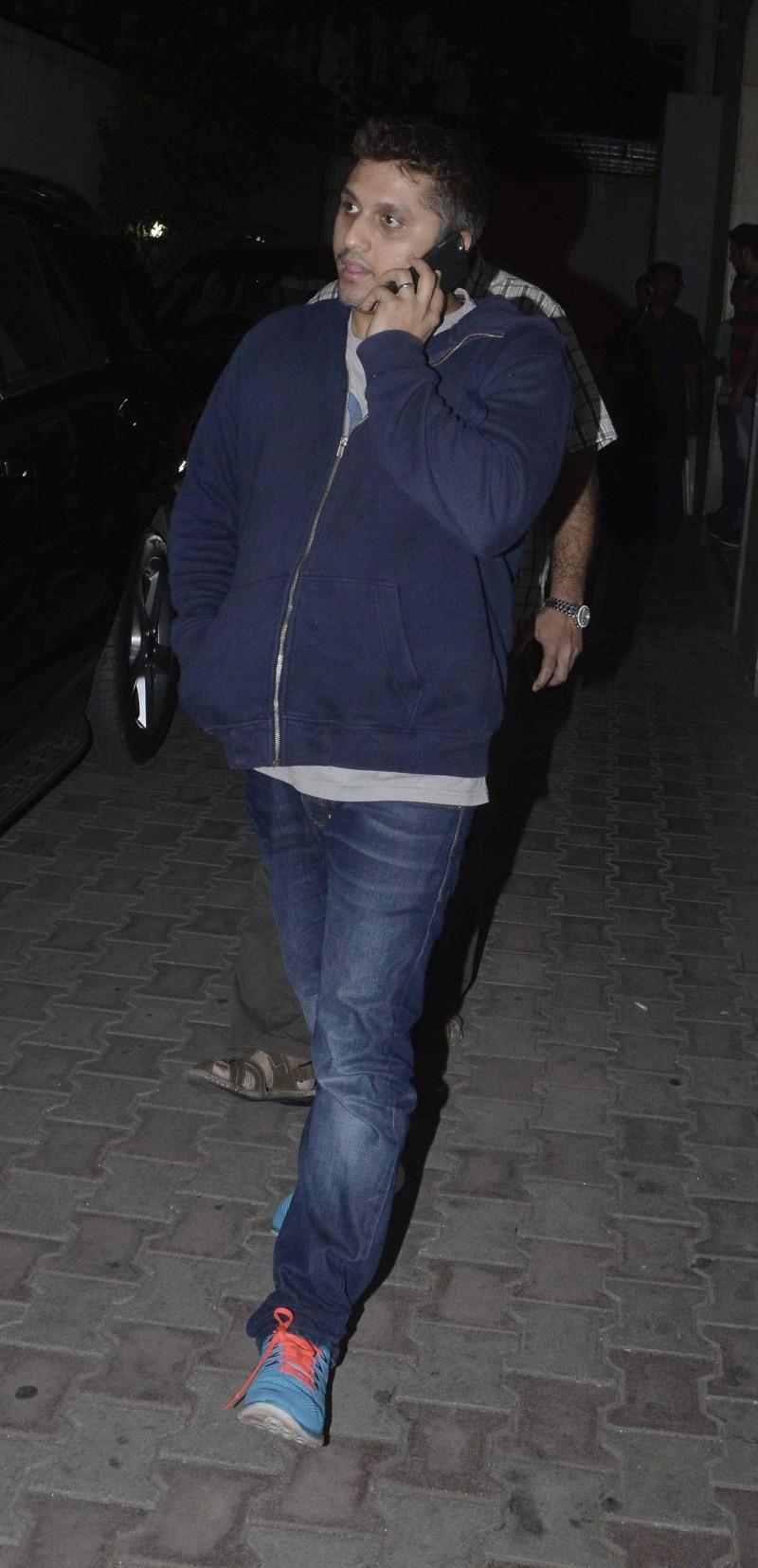 Sidharth Malhotra And Alia Bhatt Spotted At Santacruz,Sidharth Malhotra,Alia Bhatt,Sidharth Malhotra and Alia Bhatt,actress Alia Bhatt