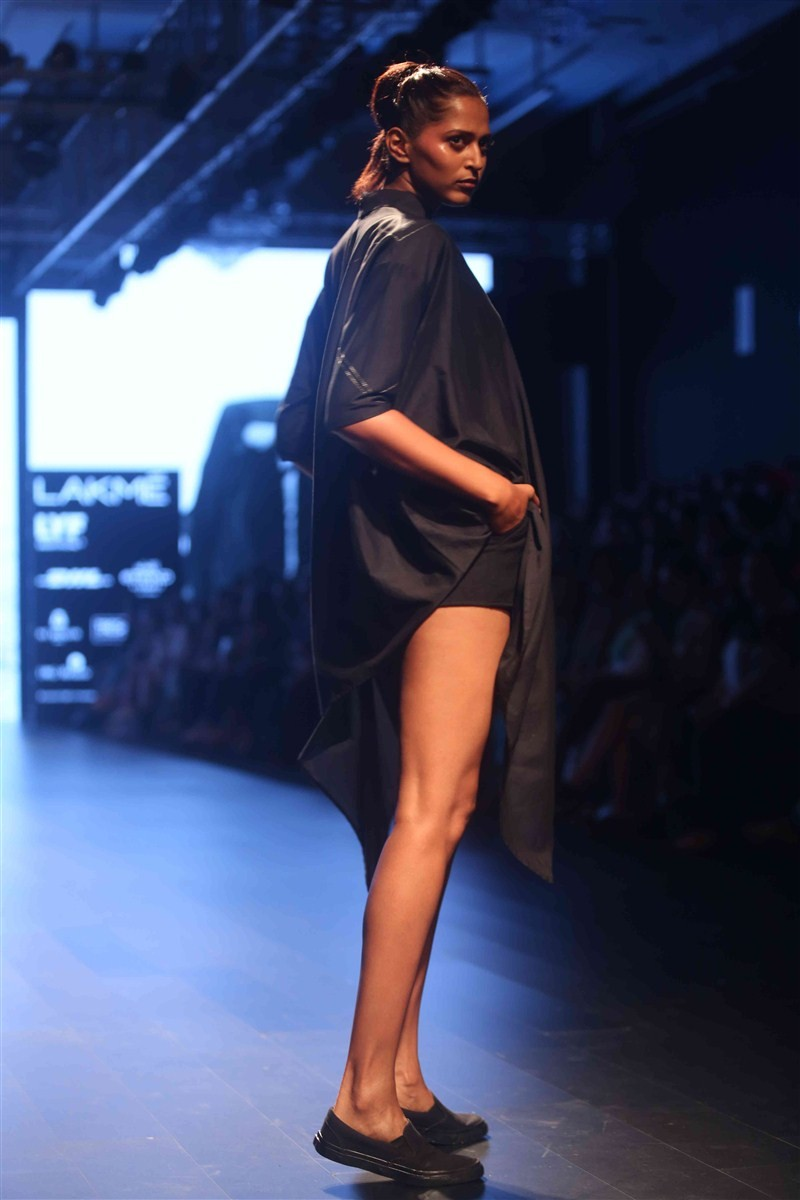 Lakme Fashion Week Day 1,Lakme Fashion Week,Antar-Agni's show,Antar-Agni show,Lakme Fashion Week pics,Lakme Fashion Week images,Lakme Fashion Week photos,Lakme Fashion Week stills,Lakme Fashion Week pictures