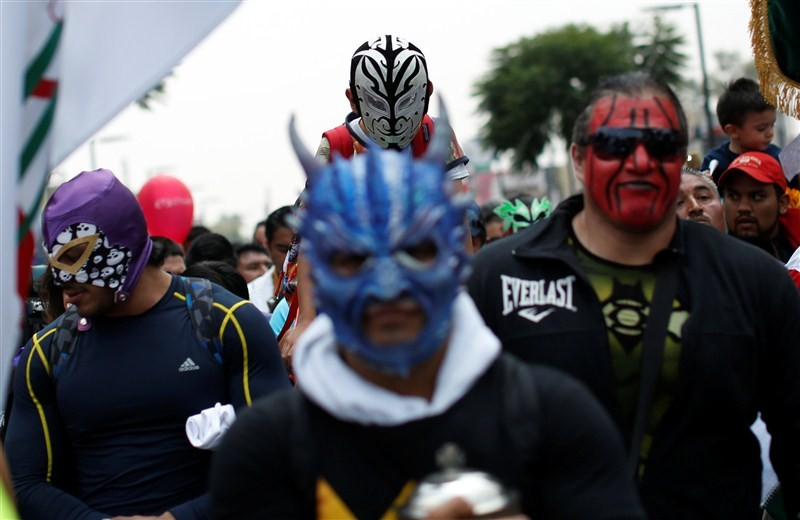 Mexican wrestlers,Masked lucha libre,Masked lucha libre wrestlers,wrestlers,Lady Guadalupe,Mexico City,Basilica