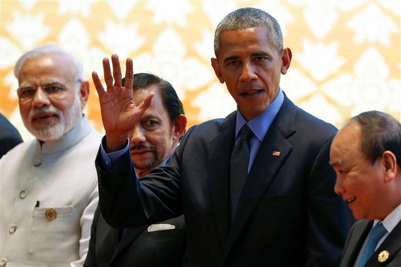 11th East Asia Summit,Narendra Modi meets Barack Obama,Narendra Modi,Barack Obama,Modi meets Obama,Prime Minister Narendra Modi,US President Barack Obama