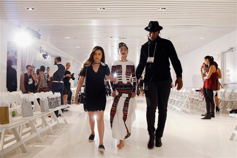 New York Fashion Week,NYFW,New York Fashion Week 2016,Reshma Qureshi,Reshma Qureshi walks ramp,Acid-Attack Survivor Reshma Qureshi,Reshma Qureshi pics,Reshma Qureshi images,Reshma Qureshi New York Fashion Week,Reshma Qureshiphotos,Reshma Qureshi  pictures