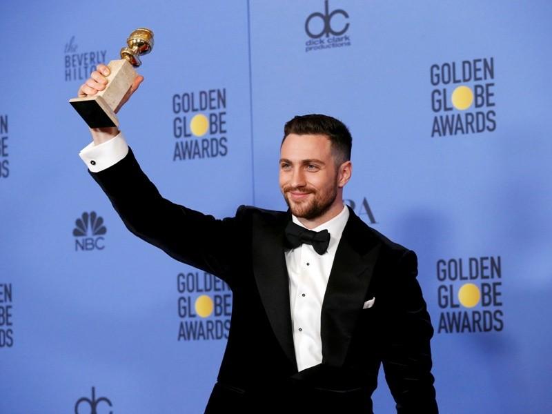 Golden Globe Awards,Golden Globe Awards 2017,Golden Globe Awards red carpet,Golden Globe Awards 2017 red carpet,hottest men,golden globe awards 2017 hottest men,Ryan Gosling,Ryan reynolds