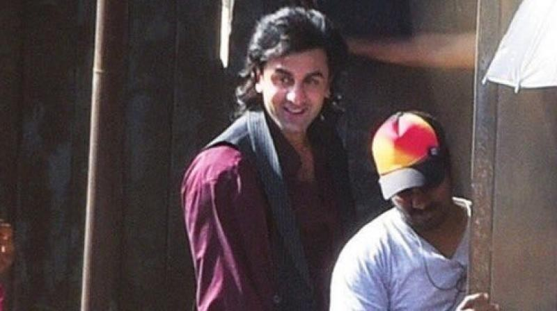 Sanjay Dutt biopic: Ranbir Kapoor's latest look with huge ...