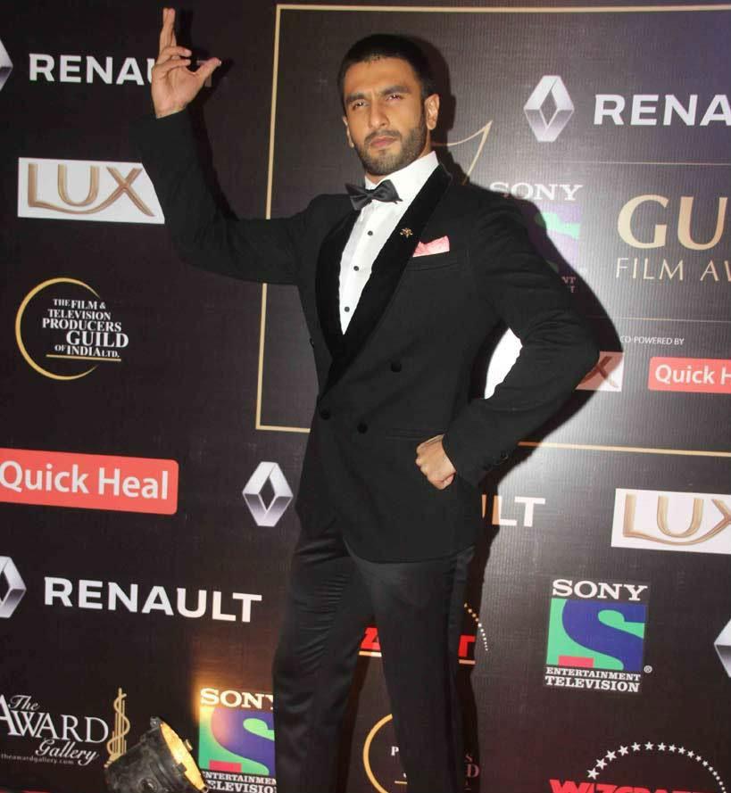 Guild Awards 2015,Guild Awards,Star guild awards,Priyanka,Sunny Leone,Sonam,Sonakshi,Ranveer