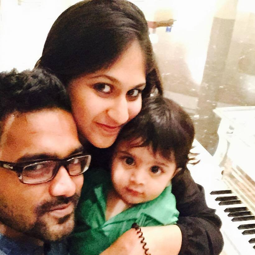 Asif Ali with family