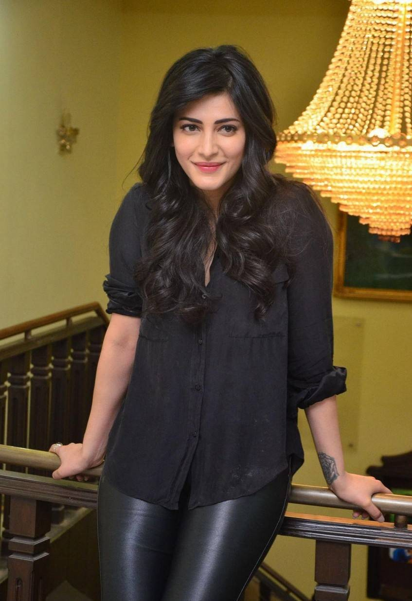 Shruti Haasan,Shruti Haasan at Premam movie Interview,Premam movie Interview,Premam Interview,Premam Shruti Haasan,Shruti Haasan Premam,Shruti Haasan latest pics,Shruti Haasan latest images,Shruti Haasan latest photos,Shruti Haasan latest stills,Shruti Ha