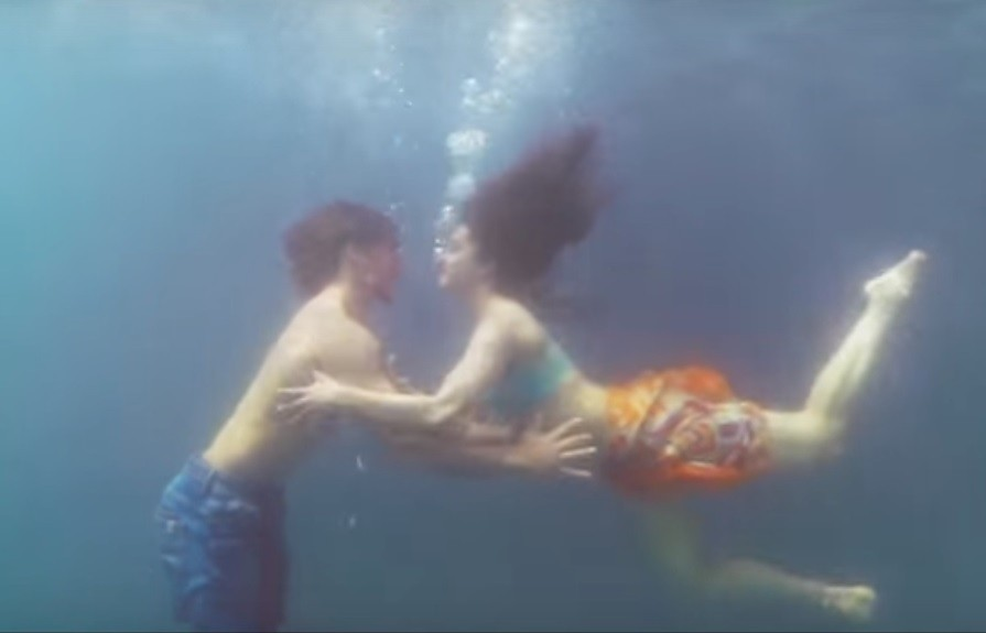 Shraddha Kapoor,Tiger Shroff,scuba diver,Scuba diving,Shraddha Kapoor teaches Scuba diving to Tiger Shroff,Shraddha Kapoor Scuba diving,Baaghi