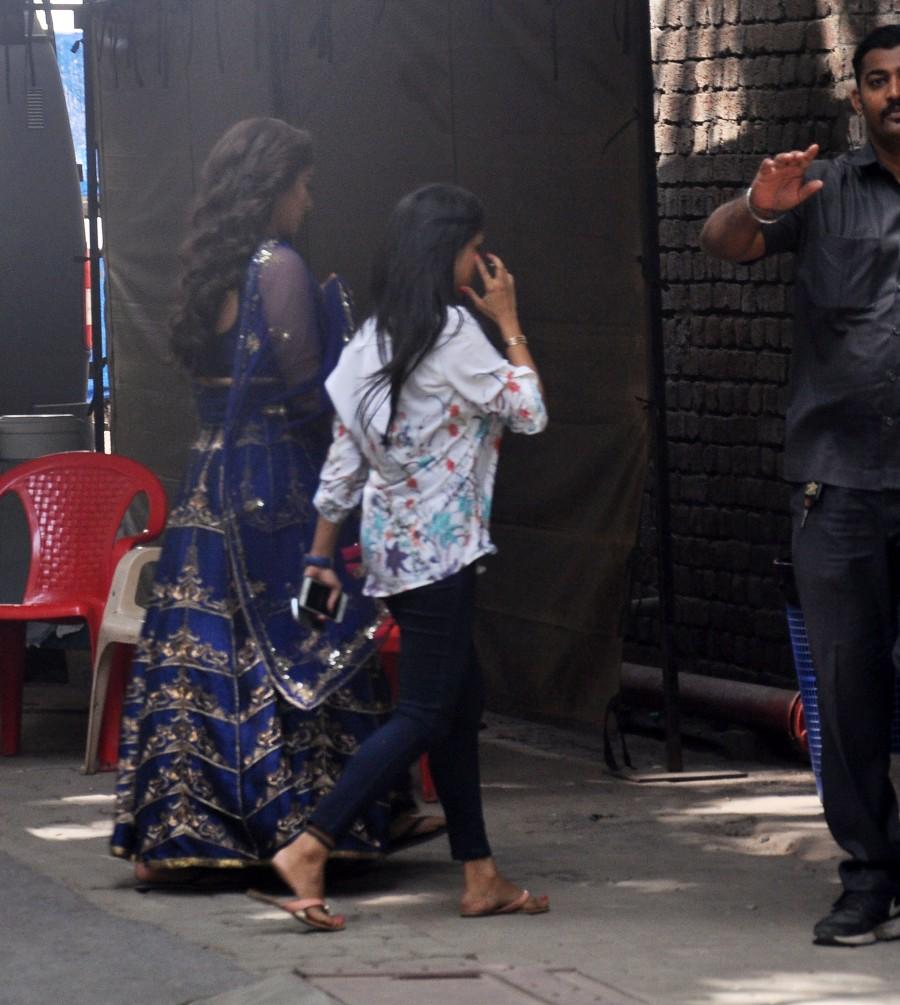 Celebs spotted,Hrithik Roshan,Kangana Ranaut,Ranveer Singh,Sonakshi Sinha,Mumbai Airport,mehboob studios,photos