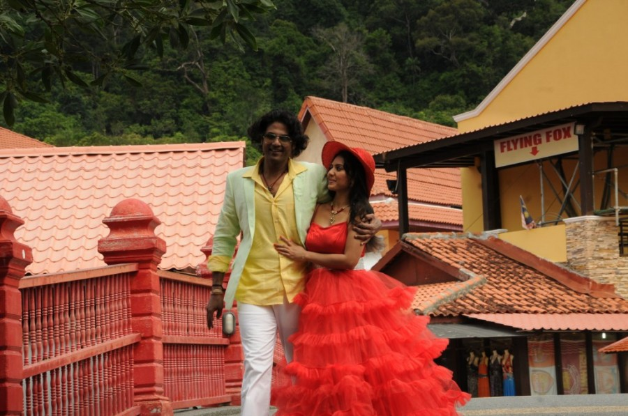 Athibar,tamil movie Athibar,Athibar movie stills,Athibar movie pics,Jeevan,Vidhya,Jeevan and Vidhya,Athibar movie images,tamil movie pics,tamil movie stills