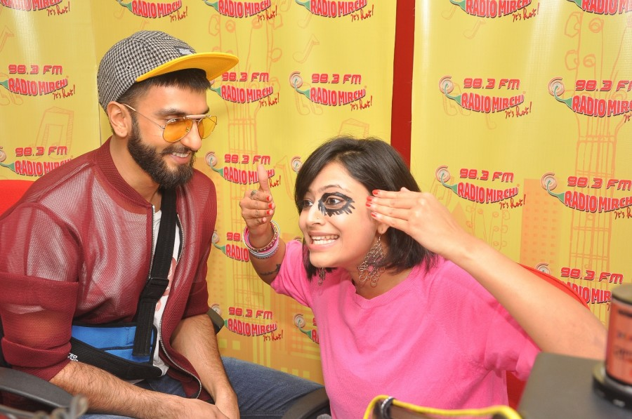 Ranveer Singh,actor Ranveer Singh,Ranveer Singh Promotes Dil Dhadakne Do at Radio Mirchi Studio,Ranveer Singh Promotes Dil Dhadakne Do,Radio Mirchi Studio,Radio Mirchi,Ranveer Singh pics,Ranveer Singh images,Ranveer Singh photos,Ranveer Singh stills,Ranve