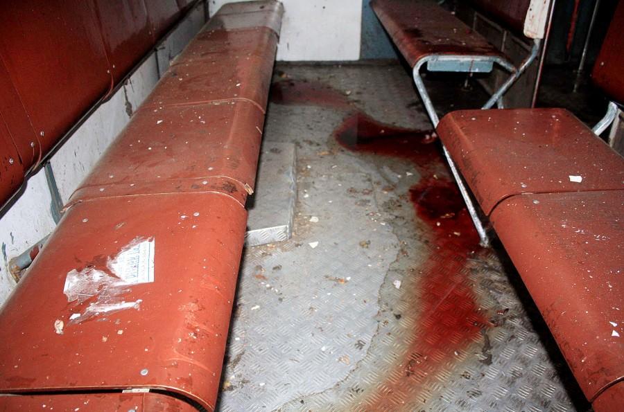Bomb blast,train bomb blast,passenger train blast,west bengal train blast,bomb blast photos