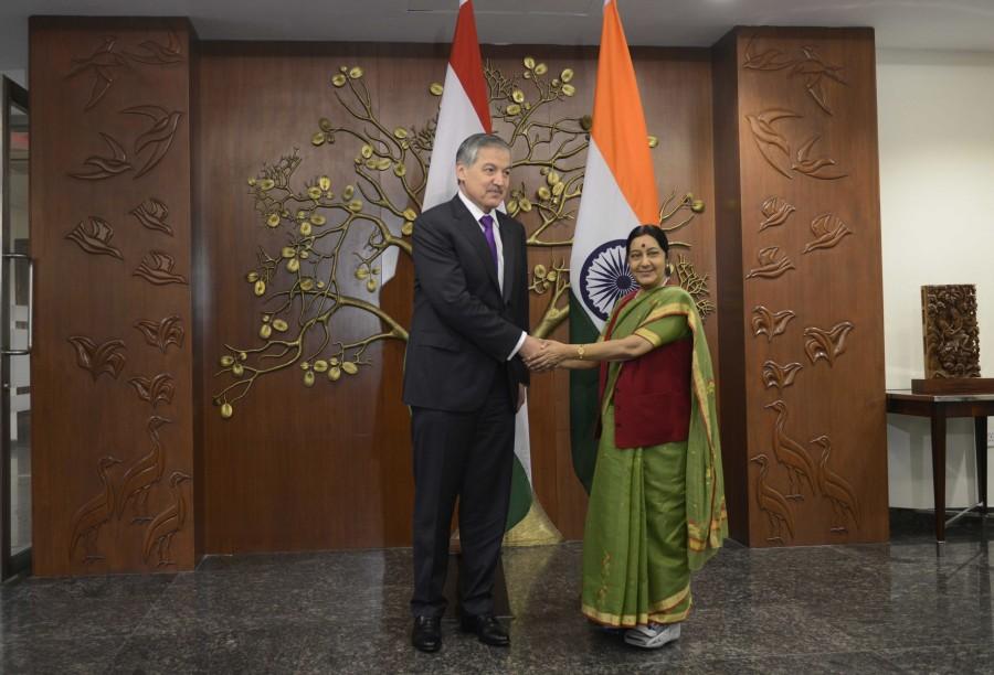 Sushma Swaraj,Sushma Swaraj meetings,Sushma Swaraj meets Tajikistan minister,H.E. Aslov Sirojidin Muhridinovich