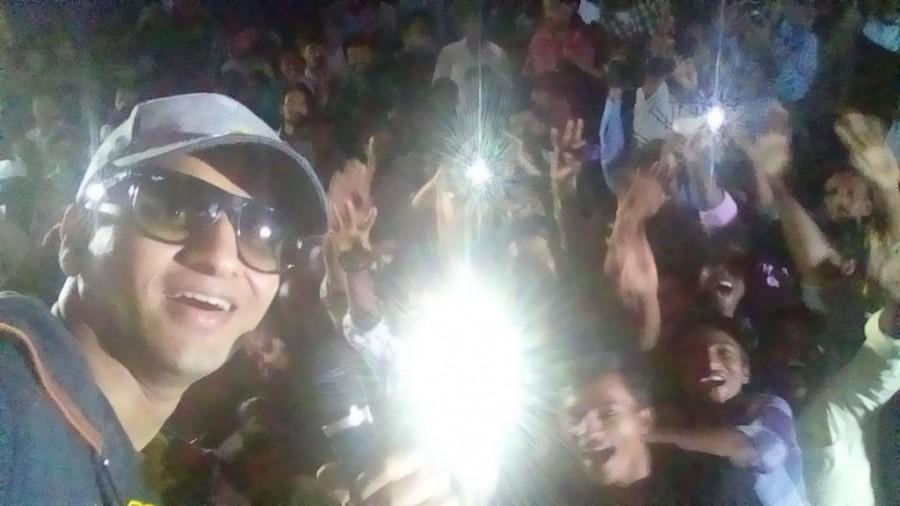 Nikhil Siddhartha Selfie Tour photos,Surya Vs Surya Success tour pictures,Nikhil elfie Tour stills,Nikhil Siddhartha,Surya Vs Surya,Tridha Choudhary