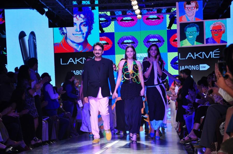 Lakme Fashion Week 2015,LFW2015,arjun kapoor,satya paul,tom tailor,aditya roy kapur,photos