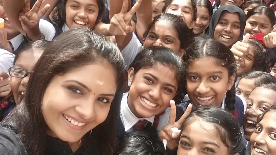 Parasparam actress,Parasparam actress Deepthi,parasparam actress leaked video,gayathri arun,gayathri Arun facebook,gayathri arun photos
