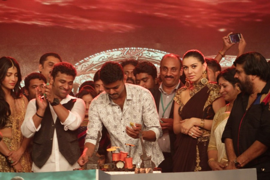 Devi Sri Prasad celebrates Birthday with Vijay,Hansika and Puli Team,Devi Sri Prasad birthday celebration,Devi Sri Prasad birthday,vijay,Hansika,Puli Team,Puli audio launch,Puli music launch,Devi Sri Prasad