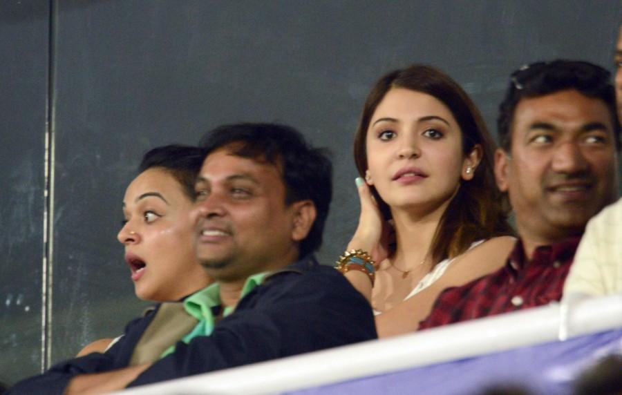Virat kohli,anushka sharma,Anushka Sharma Virat Kohli,ICC Cricket World Cup 2015,lovebirds anushka and virat