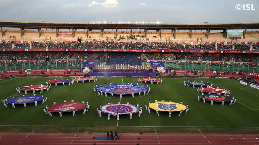 ISL 2015 opening ceremony,Indian Super League 2015 opening ceremony,Indian Super League 2015,Indian Super League,ISL 2015,Superstar Rajnikanth,Rajnikanth,Sachin Tendulkar,Arjun Kapoor,Aishwariya Rai,Amitabh Bachchan,Mukesh Ambani,Alia Bhatt
