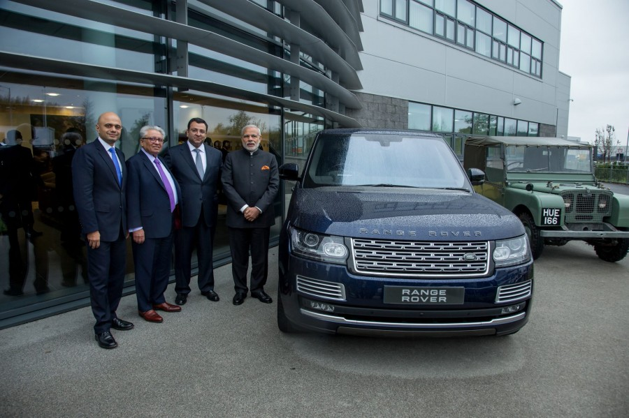 Narendra modi,narendra modi visits JLR plant,JLR plant,Jaguar land rover plant,modi at Jaguar Land Rover plant,modi UK visit,Modi trips