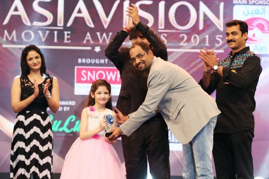 Asiavision Awards,asiavision awards 2015,Asiavision Movie Awards 2015 photos,asiavision winners photos,jackie Shroff,imran khan at Asiavision
