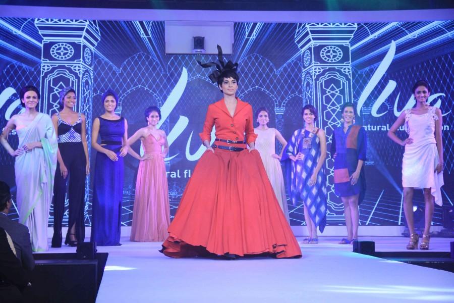Kangana ranaut,kangana ranaut fashion show,kangana ranaut ramp,kangana ranaut photos,Birla cellulose Launch of LIVA